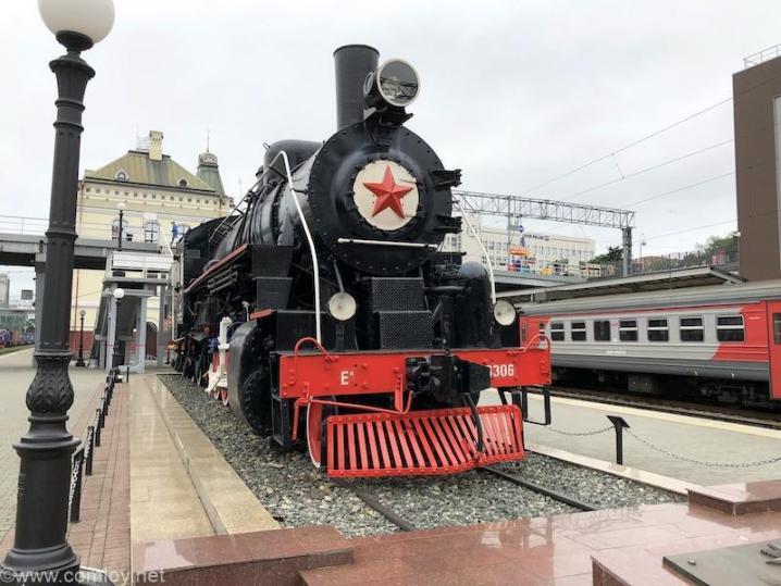 ウラジオストク駅 蒸気機関車