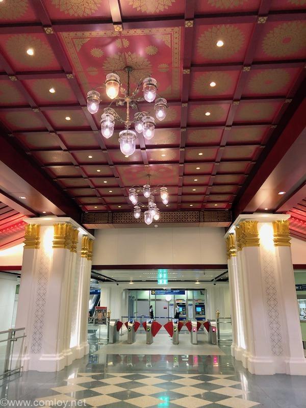 バンコク サナームチャイ駅
