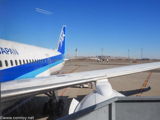 全日空 NH853 羽田 - 台北(松山)