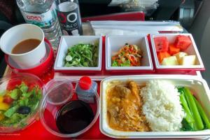 日本航空 JL32 バンコク - 羽田 エコノミークラス機内食