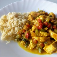 Pollo al curry con verduras