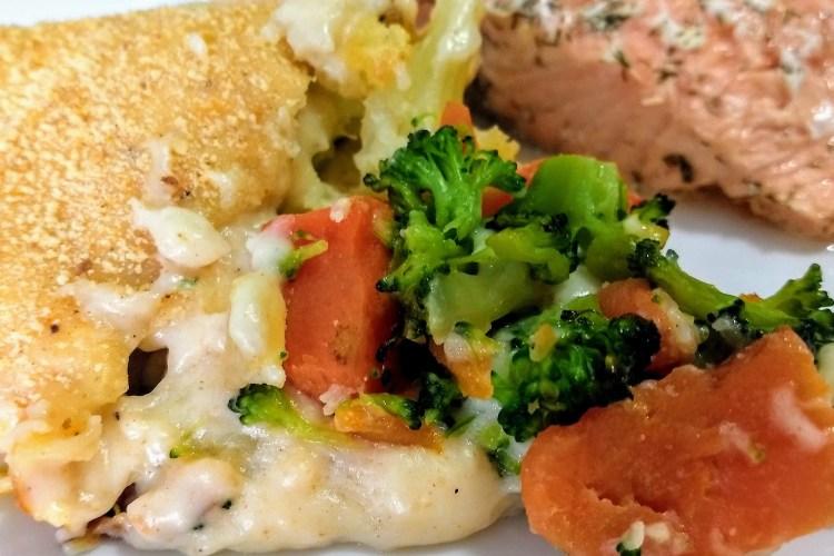 Coliflor, brócoli y zanahoria gratinados al horno con bechamel 1