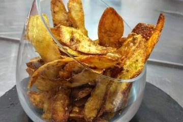 Cómo preparar un snack con la piel de la patata 7