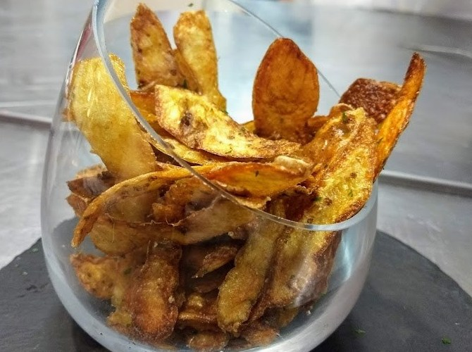 Cómo preparar un snack con la piel de la patata 1