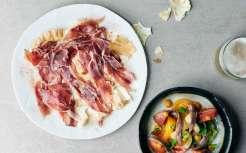 Ametsa_Joselito-Iberico-ham-with-heritiage-tomato-salad