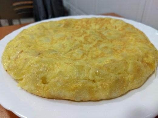 Tortilla de patatas una forma de cocinar los huevos