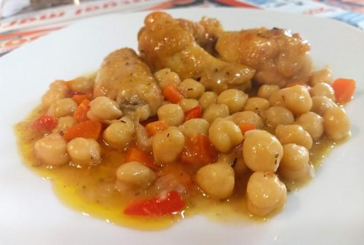 Guiso de alitas de pollo con garbanzos 1
