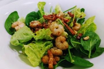 Ensalada templada de espinacas, beicon y gambas 6