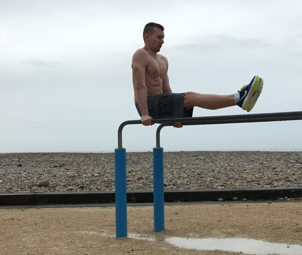 L sit Street Workout