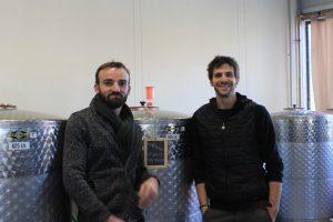Simon et Etienne créent une microbrasserie