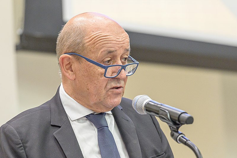 Comment contacter JEAN-YVES LE DRIAN ?