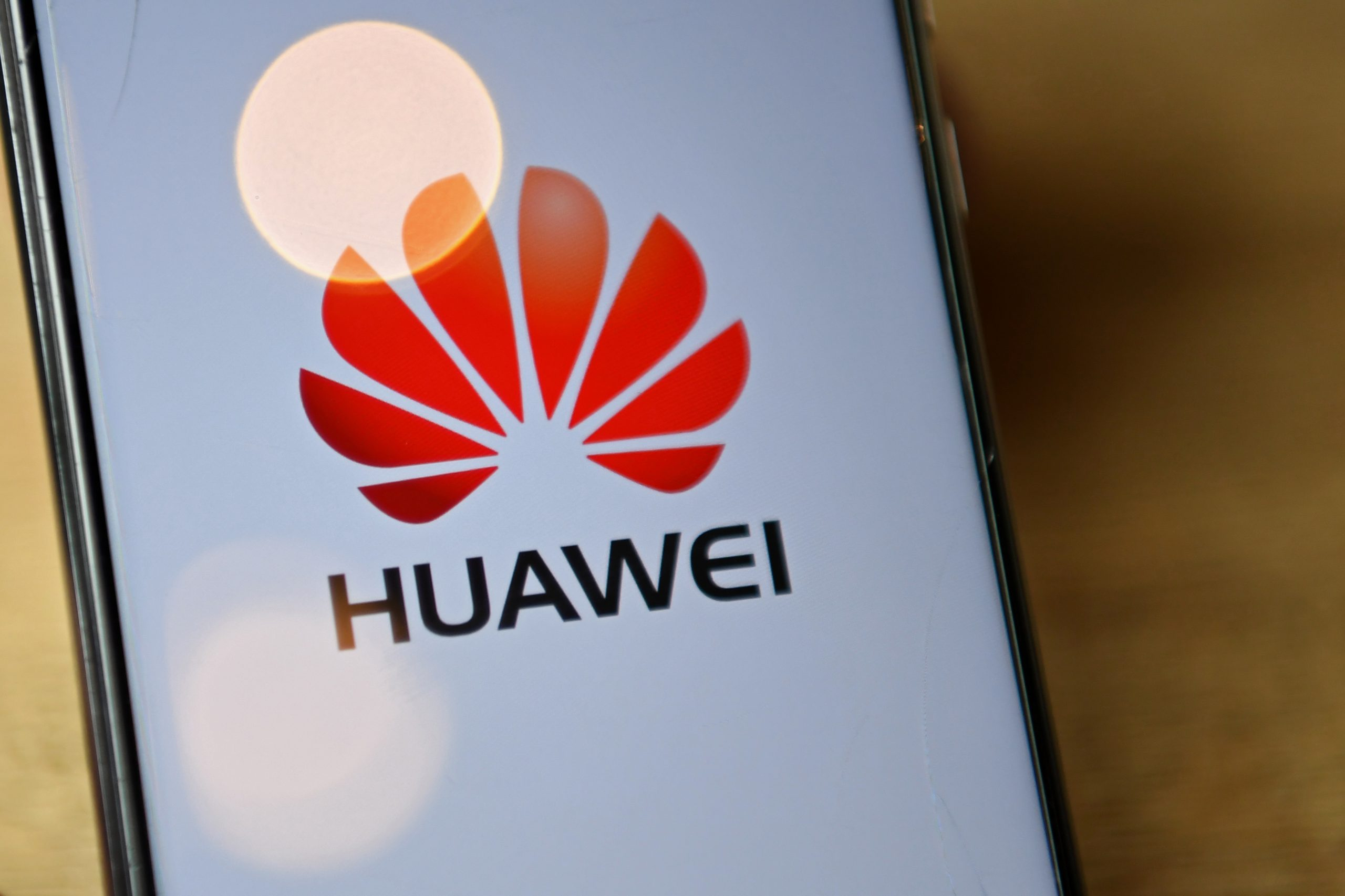 Comment contacter Huawei
