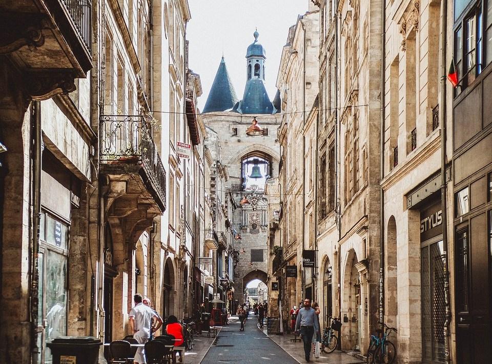 contacter le service client Free Bordeaux