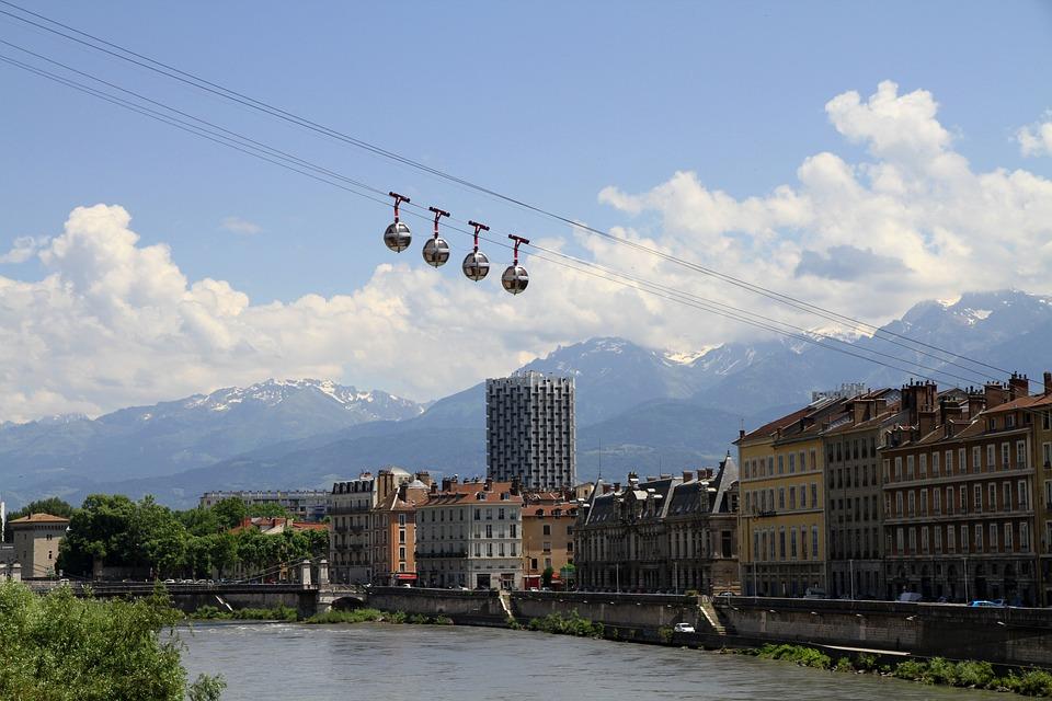 contacter le service client SFR Grenoble