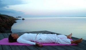 mediter allongé ou couché