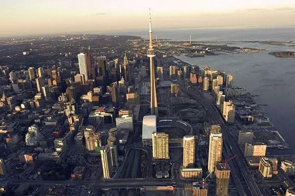 Toronto Skyline Instaryde rideshare service