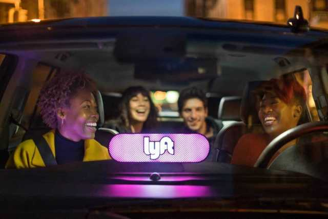 lyft amp in car with passengers