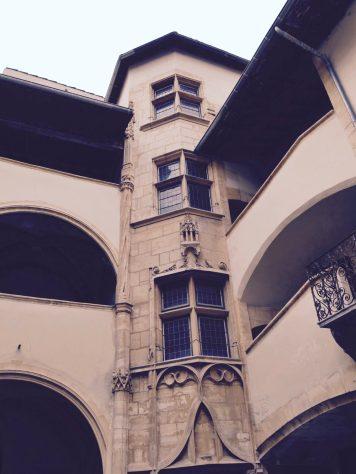 Cour intérieur de la maison du Chamarier