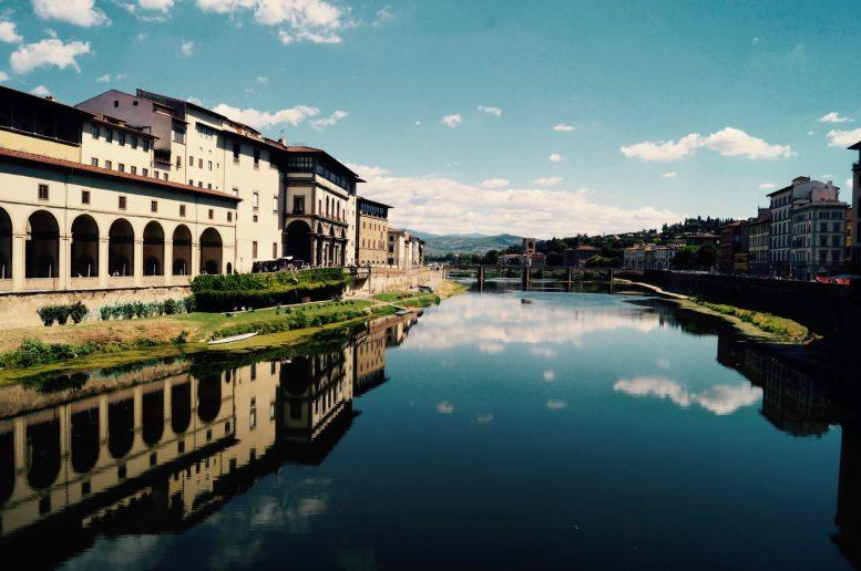 Vue depuis le Ponte Vecchio