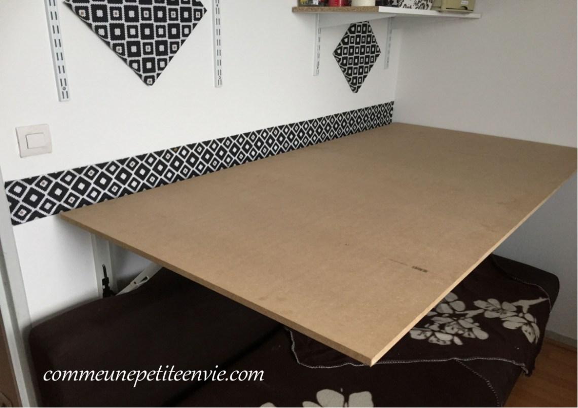 table de coupe murale et rabattable