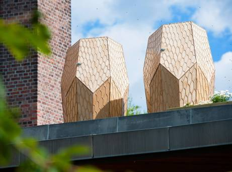 The Vulkan Apiaries are prominently featured about the Food Hall. Photo: Morten Brakestad