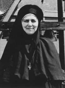 https://i2.wp.com/commons.orthodoxwiki.org/images/9/9a/MotherAlexandra.jpg