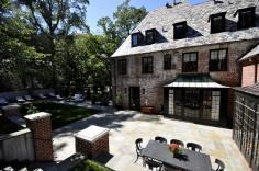 2446-belmont-road-nw-washington-dc-obamas-new-home-backyard-lounge-1200x797