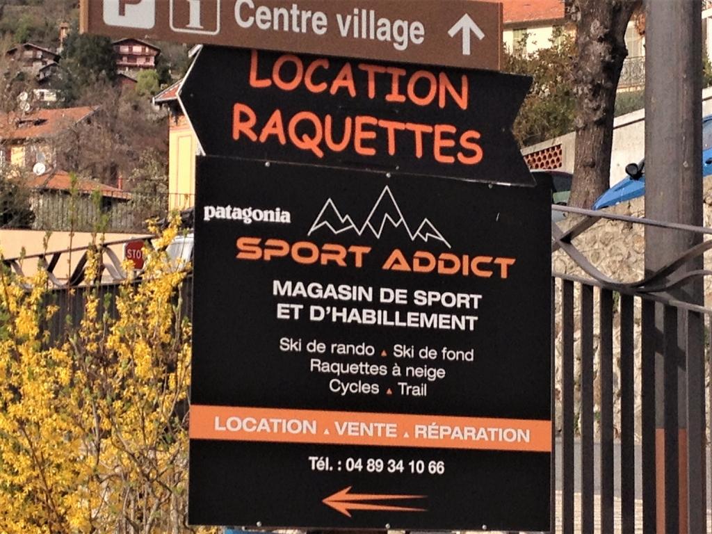 Panneau extérieur Boutique Sport Addict à Saint Martin Vésubie par Communication Hors Piste