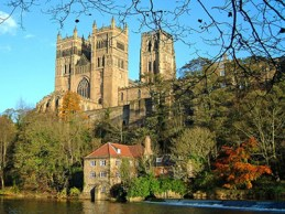 Picture of Durham Cathedral Exterior from http://www.shipoffools.com/mystery/2007/1465.html (29.08.2014)