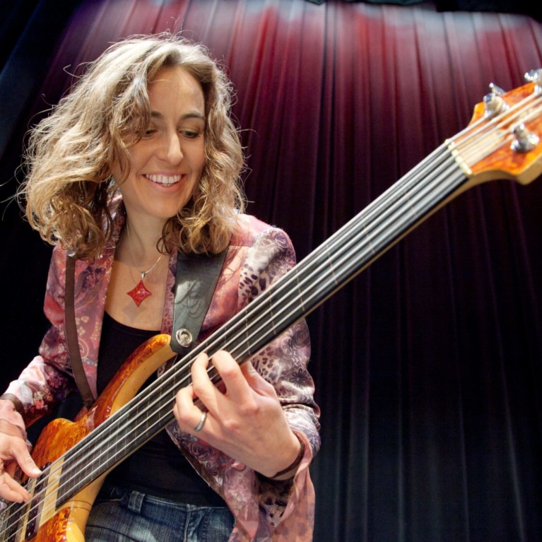 Bass Lessons with Ariane Cap