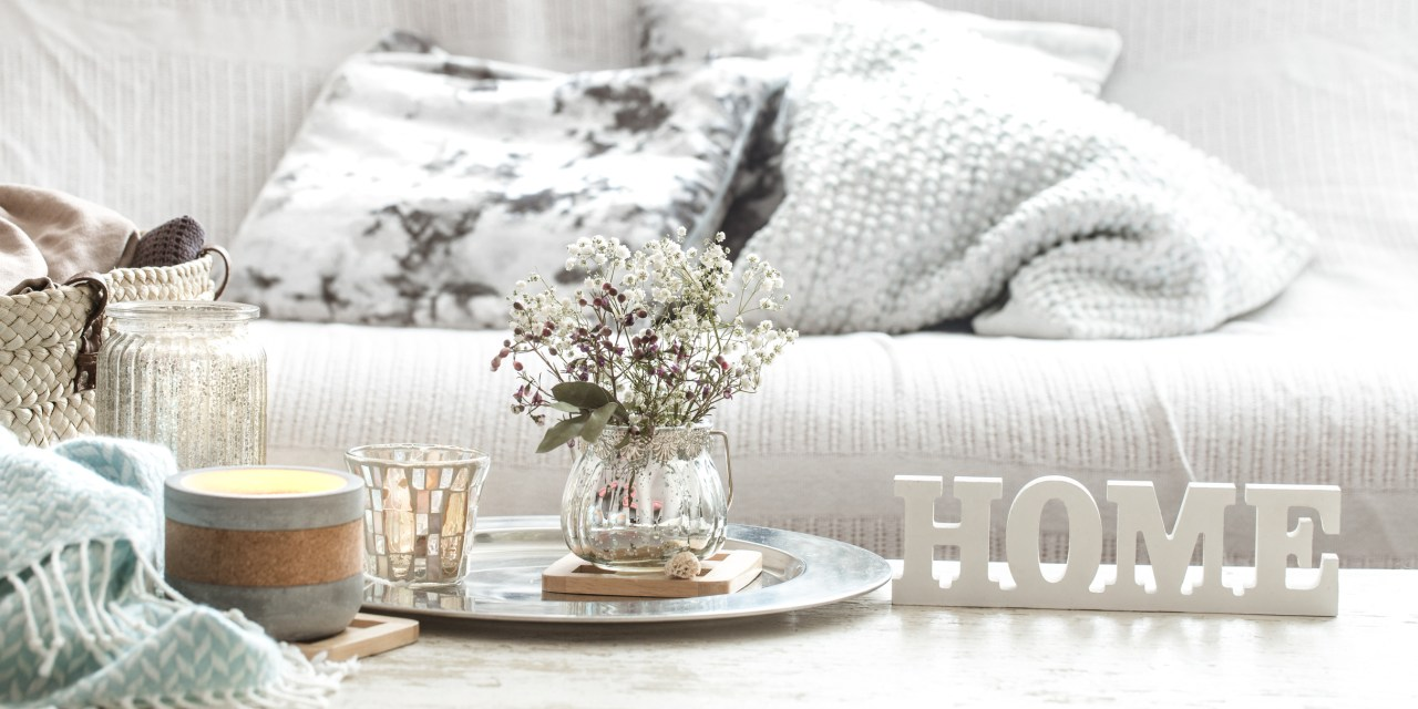 Simple Tips to Prepare Your Home for Easter Entertaining
