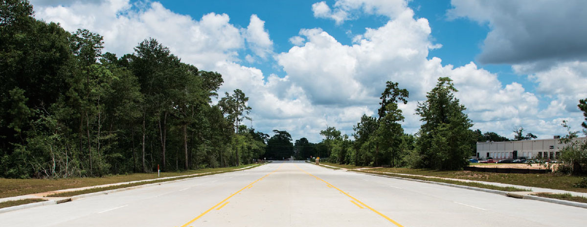 Residents would have an alternative access outside of the neighborhood with a roadway between Riviera Springs and the Arbor at Lakeline condominium.