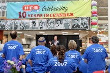 Leander H-E-B Plus kicks off 10-year anniversary celebration