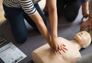 aid assistance cardiac arrest