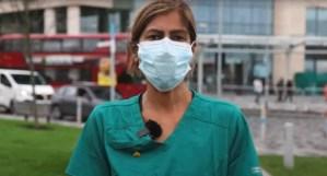 Womanwearingmask healthworker