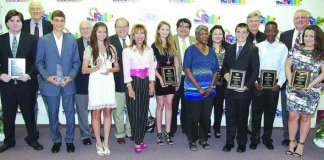 Youth Fair presents 9 students with Community Service Award