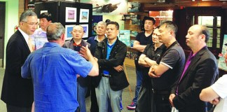Chinese visit airport to learn more about general aviation