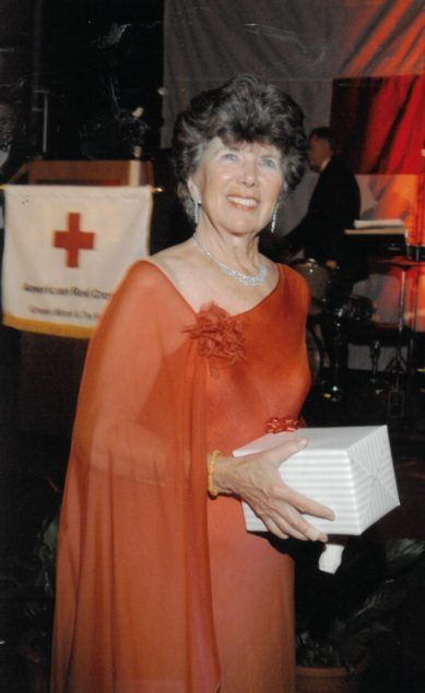 Local chapter of American Red Cross recognizes Bunny Bastian with award