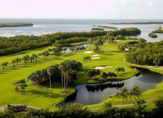 Deering Bay Yacht and Country Club partners with? Mercedes-Benz dealers