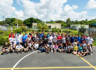 United Way Young Leaders beautify elementary school
