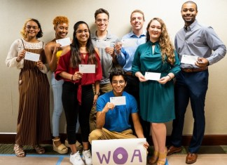 Women of AT&T Florida awards scholarships to 10 SF students