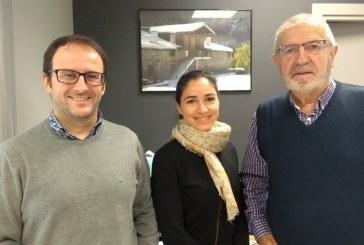 Wattio y Afagi firman un convenio llevar a las familias de Gipuzkoa el servicio domótico inteligente que ayuda al cuidado de personas
