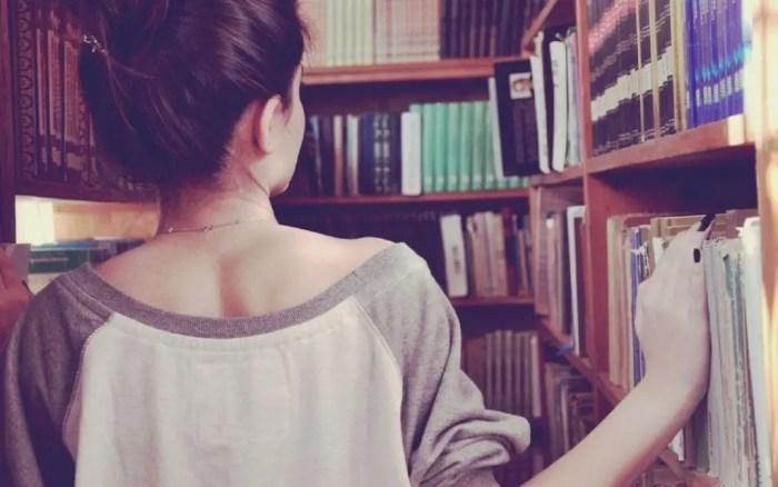 La literatura sirve al lector para evadirse del mundo que lo rodea