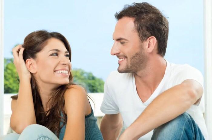 El amor romántico se caracteriza por los componentes de intimidad y pasión