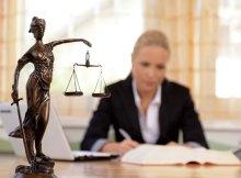 Cómo encontrar un buen abogado