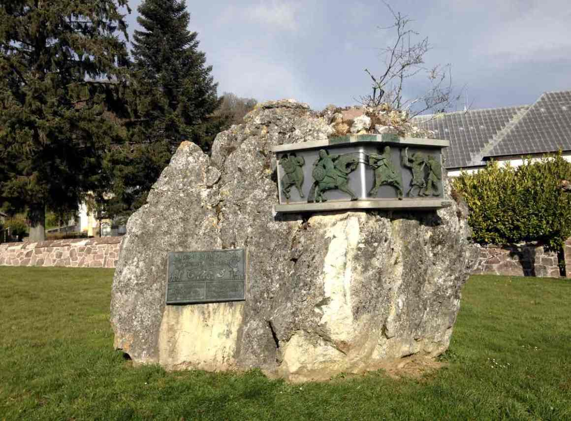 monumento-batalla-roncesvalles