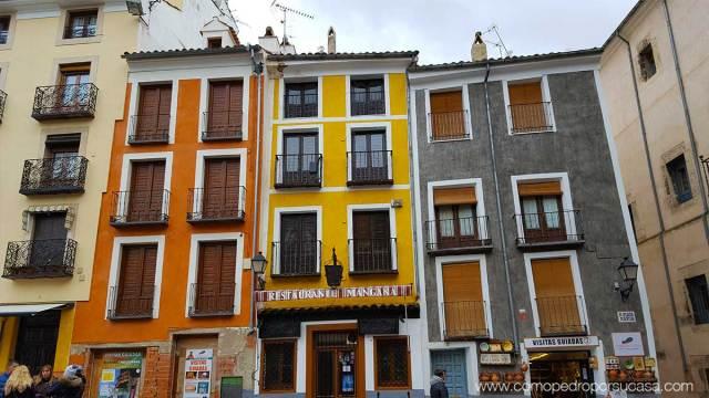 edificions-plaza-espana-cuenca-colores