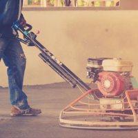 Cómo hacer un suelo de hormigón pulido
