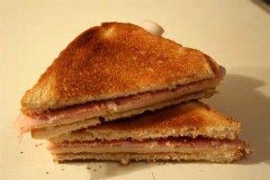 como se dice sandwich en español