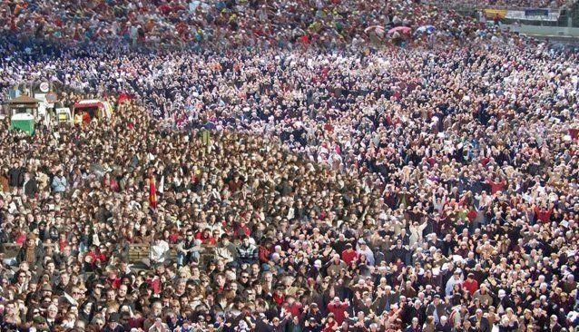 Cuantos habitantes tiene España